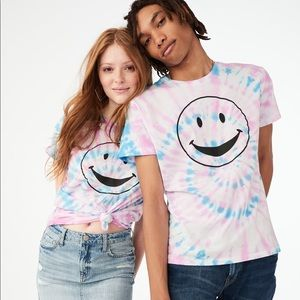 Tie Die Smiley Face Graphic Tee Shirt